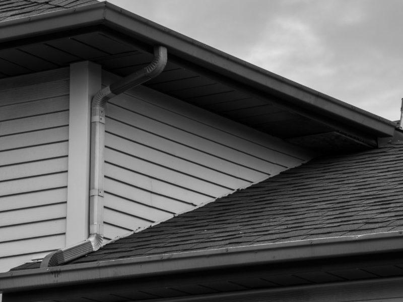 2020-04 Alain Lajoie (Défi) - D'un toit zà l'autre