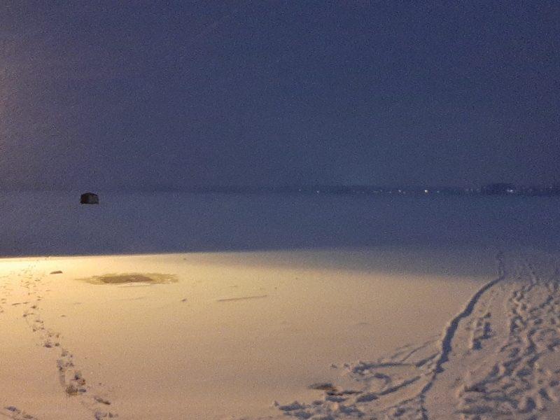 2020-12 - Anne Prescott (Défi) - Il neige sur le lac gelé